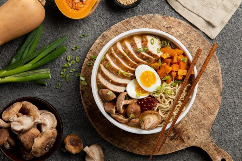 2019-12_Donovan-Roasted Chicken and Winter Squash Ramen Bowl_FS-1v2
