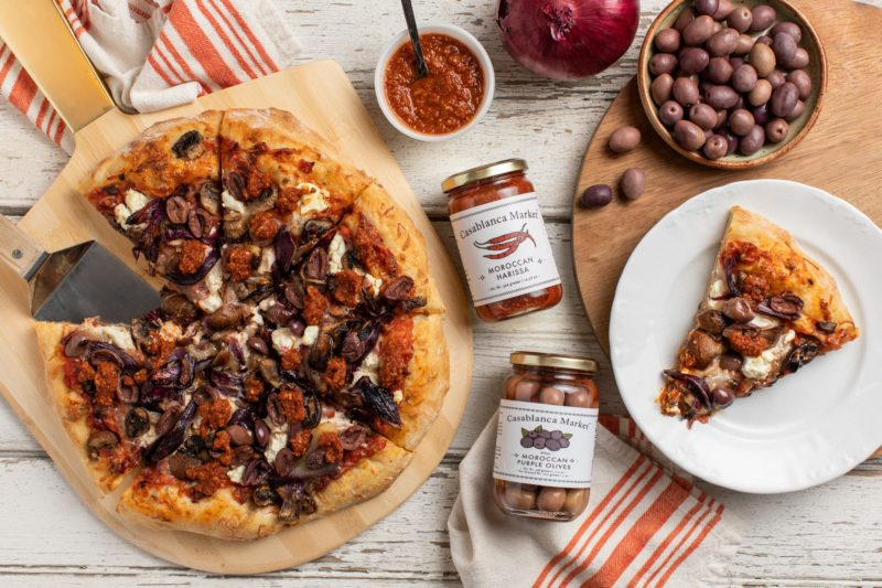 2020-2_Casablanca_Roasted Red Onion and Moroccan Olive Pizza_Overhead_v2