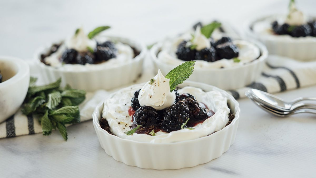 Blackberry Balsamic Mascarpone Tartlets_HeroA