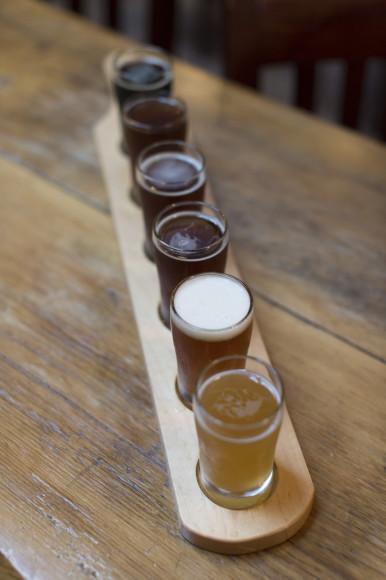 beer flight, Mudhook Brewery